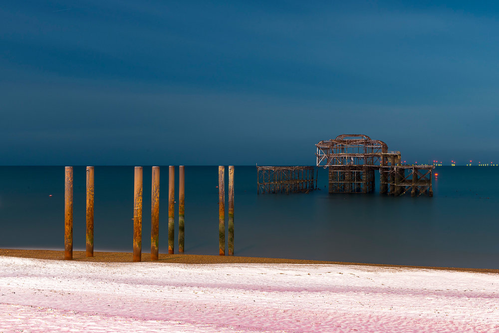 Alex_Bamford_Photography_Brighton_Horizon_night_snow.jpg