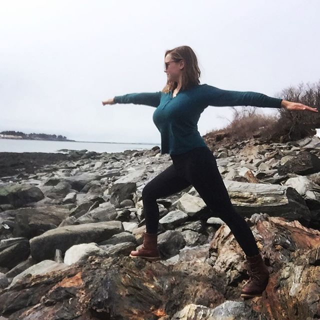 Yoga on the rocks. 😜 • • • #yogaposes #warriorpose #oceanside #namaste  #coastalliving #yogaeverywhere #yogajourney #moveyourbody #pushyourlimits #beweird #yogalover #naturelover #outdooradventures #mindfulness #mainething #wildandfree #stayandwander #wildernessculture
