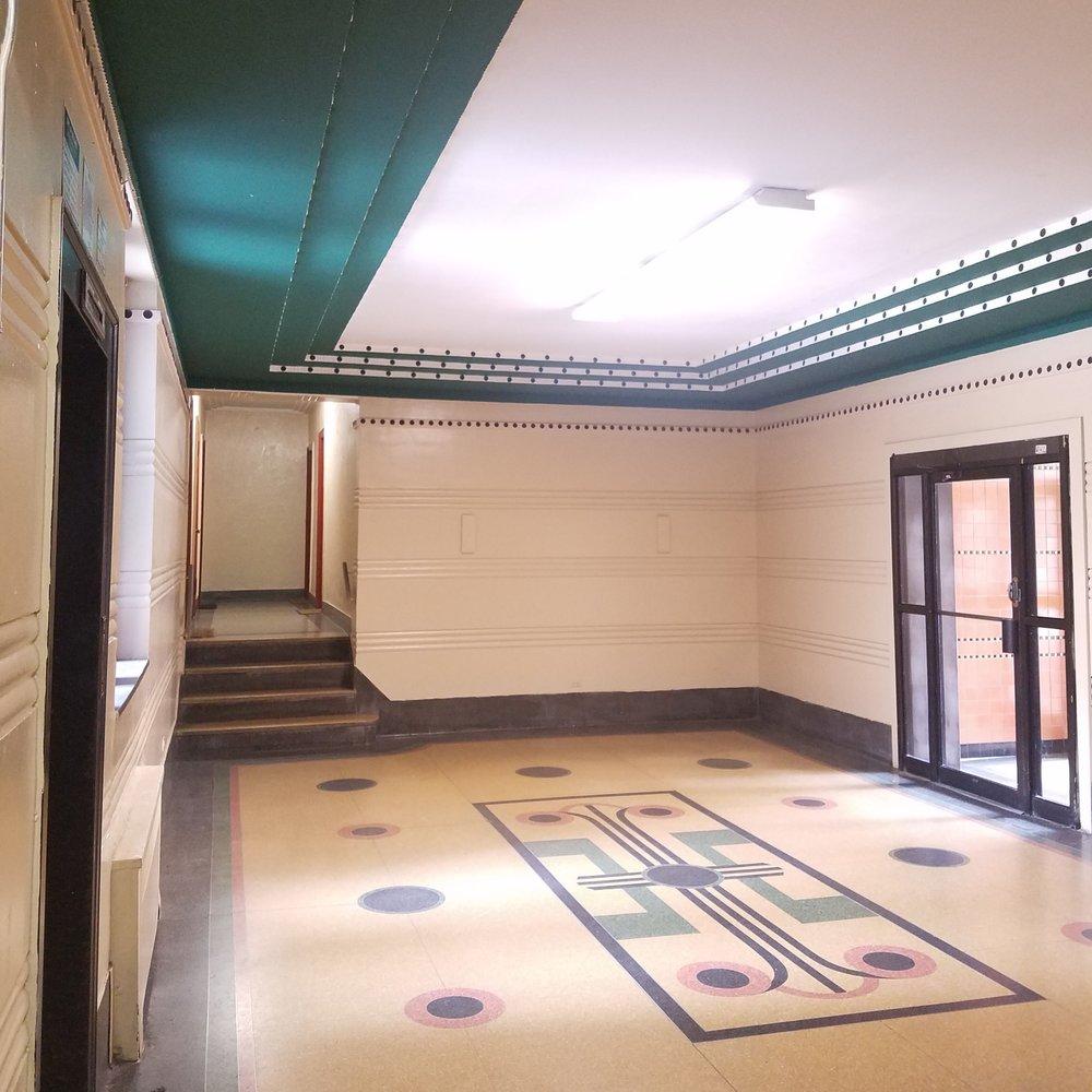 195 Bennett Ave Lobby.jpg
