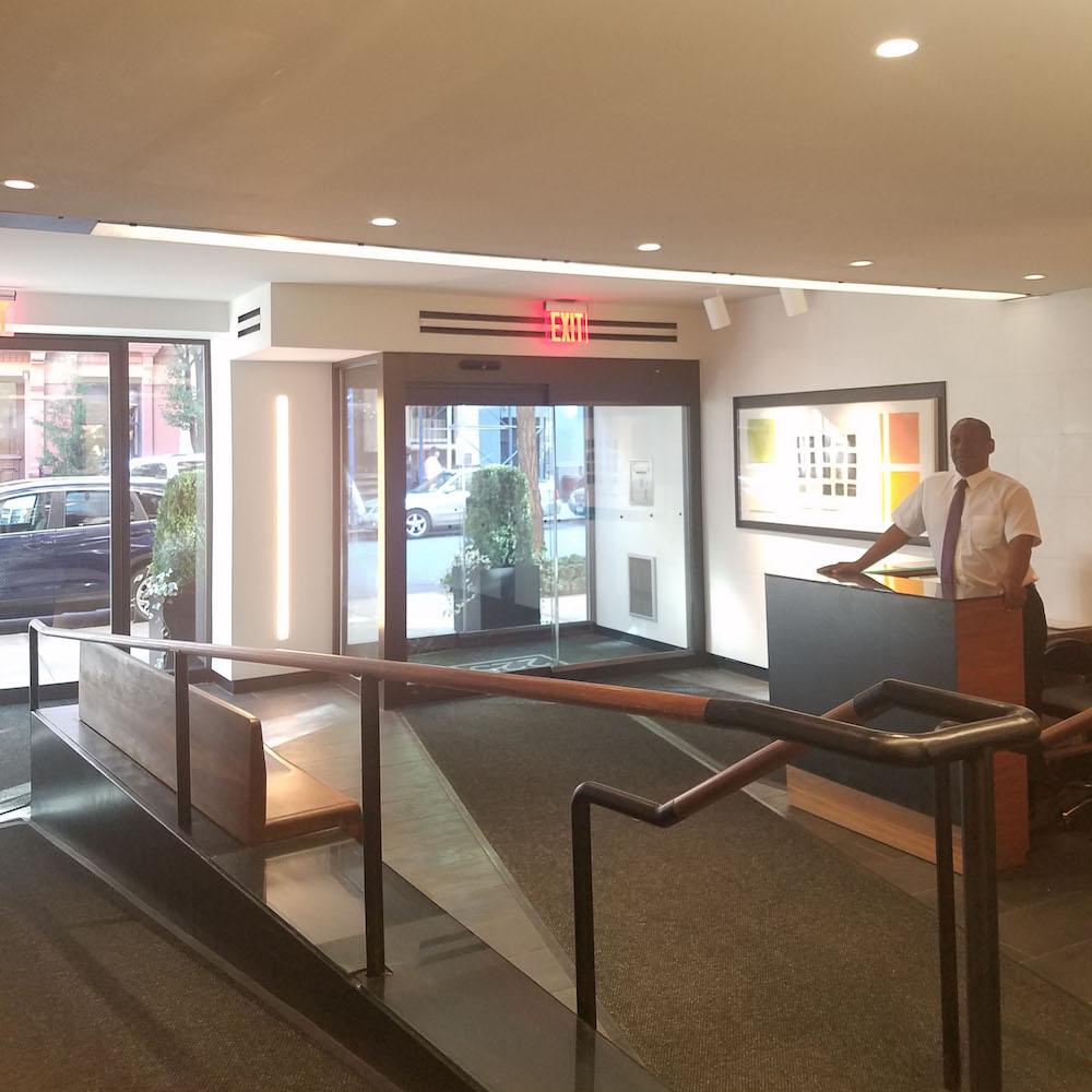 lobby 3.jpg