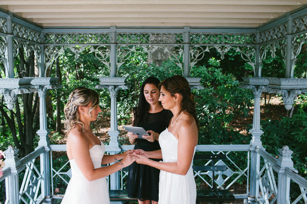 Exchanging vows in September at Ladies' Pavilion. Photo by  Corey Torpie Photography.
