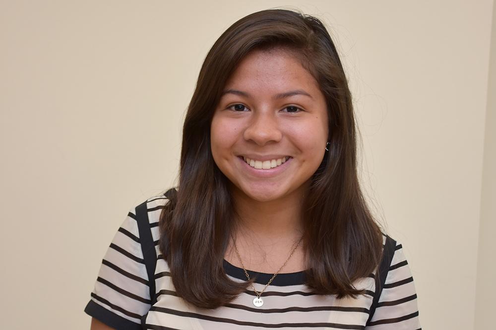 Vanessa Chicas, PRYDE Scholar