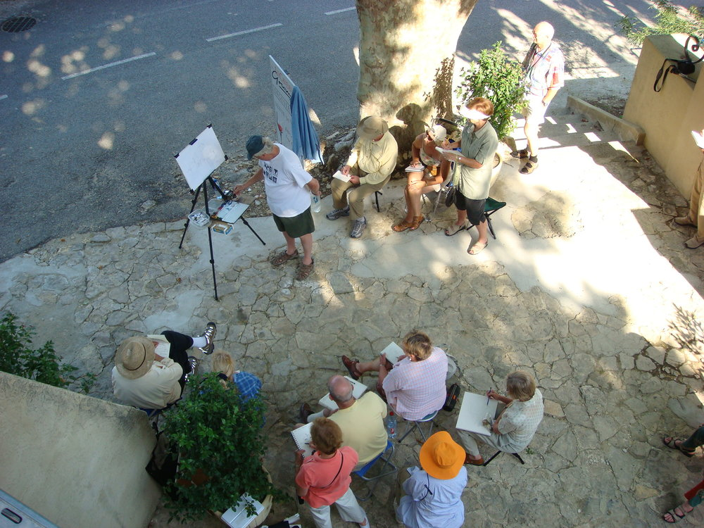 Tony van Hasselt conducts a plein air workshop demonstration.