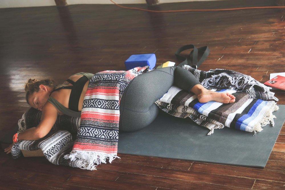 DURGA-EXCURSIONS-yin-yoga-teacher-training22.jpg