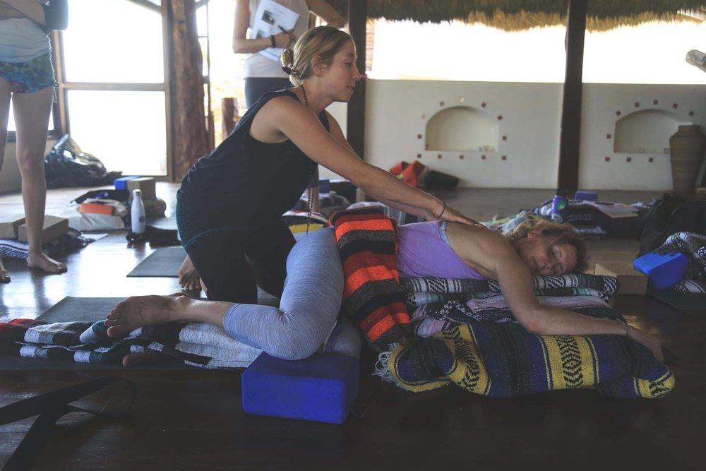 DURGA-EXCURSIONS-yin-yoga-teacher-training17.jpg