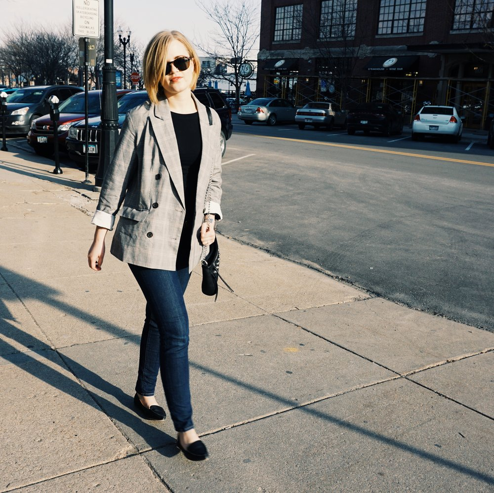 With-The-Specs | Affordable-Style-Blog | Affordable-Oversized-Blazer-3