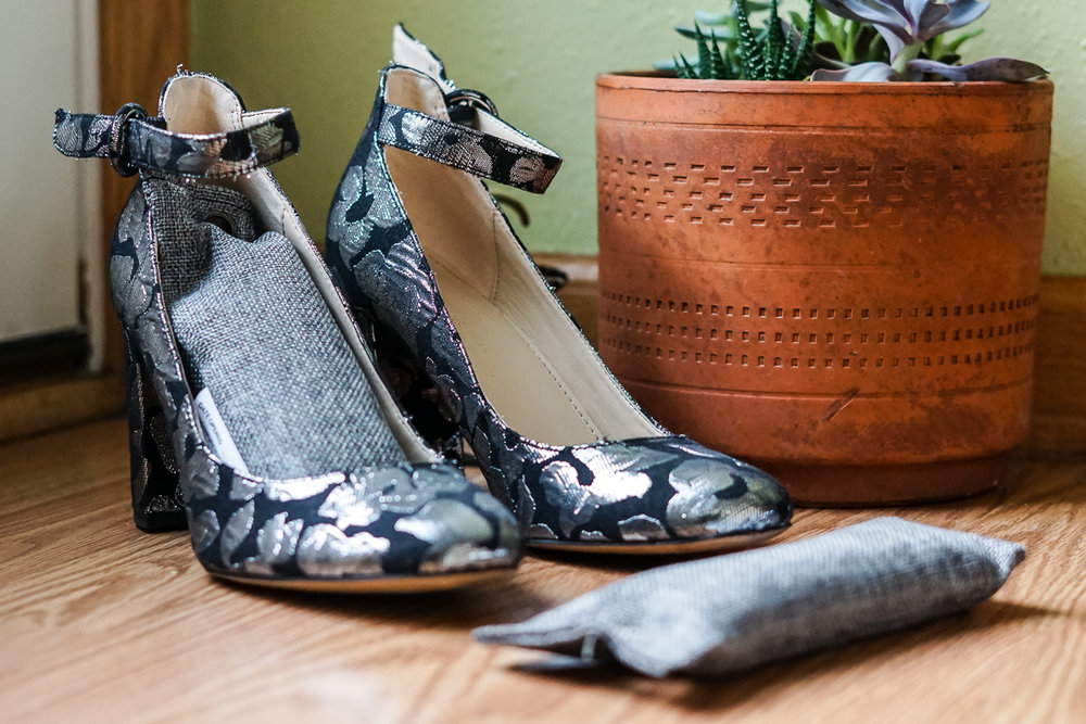 with-the-specs | sustainable-fashion-blog | smelly-shoes-2