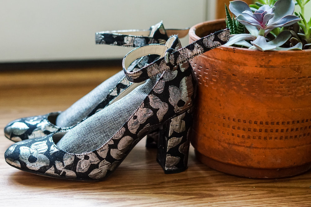 with-the-specs | sustainable-fashion-blog | smelly-shoes-3