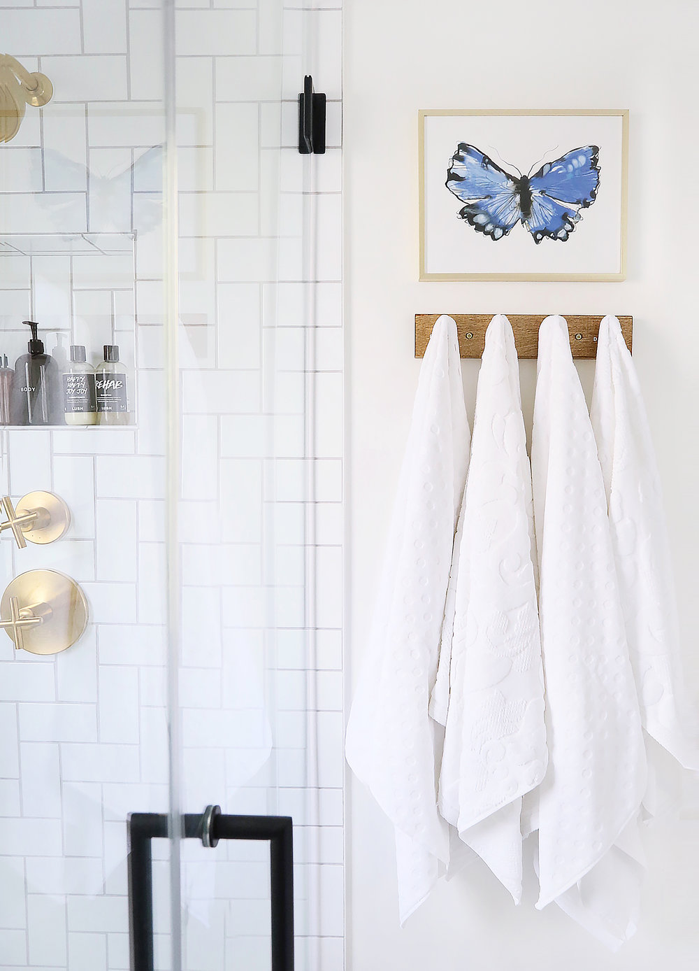 Towels / Towel Rack / Butterfly Print