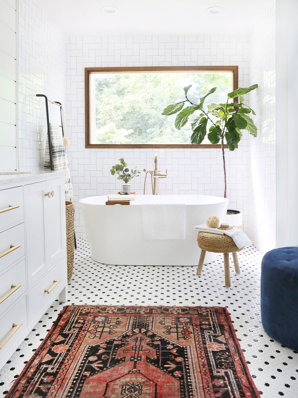 bathroom-vintage-rug.jpg