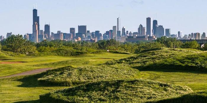 Harborside Package - With Chicago in sight tee off with a foursome at one of the most beautiful golf courses in driving distance. Package includes pickup and drop off for you and your crew plus 18 holes.