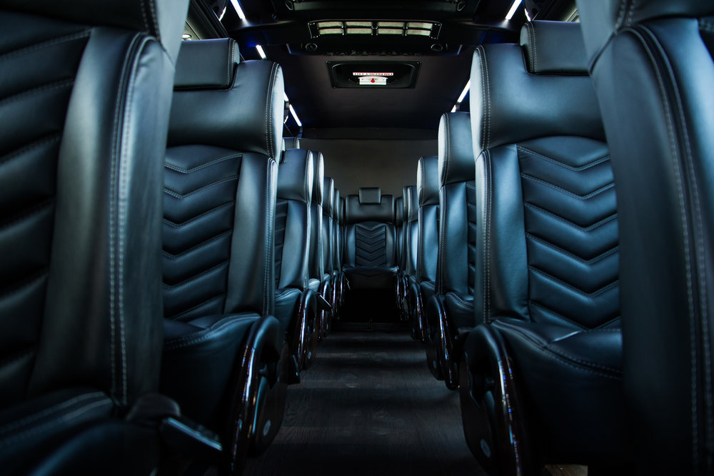 Executive Bus: Seats 43