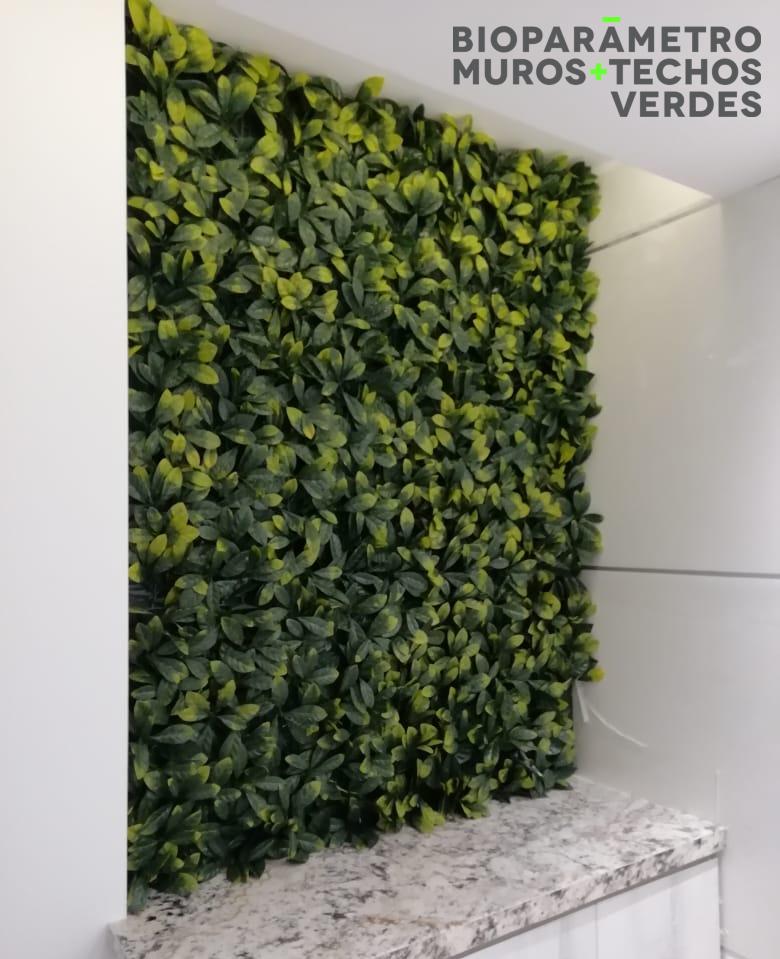 Edificio Los Arcos - Sistema: Jardín Vertical - ArtificialDiseño: @bioparametroec
