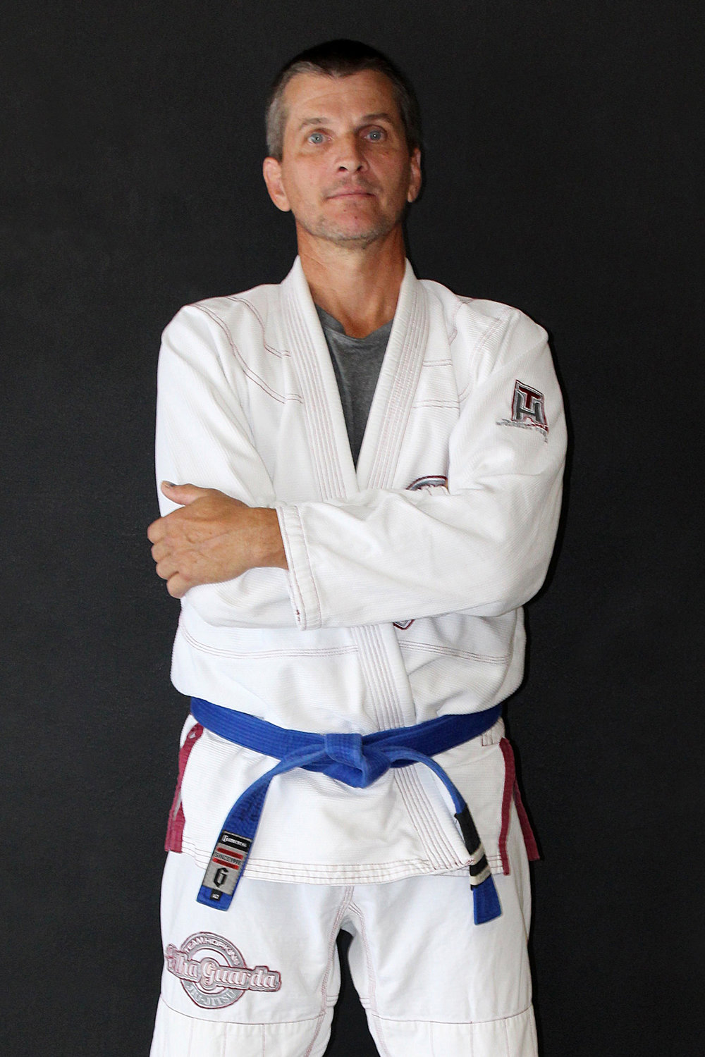 David Hollingsworth - InstructorDavid is a Gracie Jiu-Jitsu Blue Belt under Black Belt Mike Braswell.