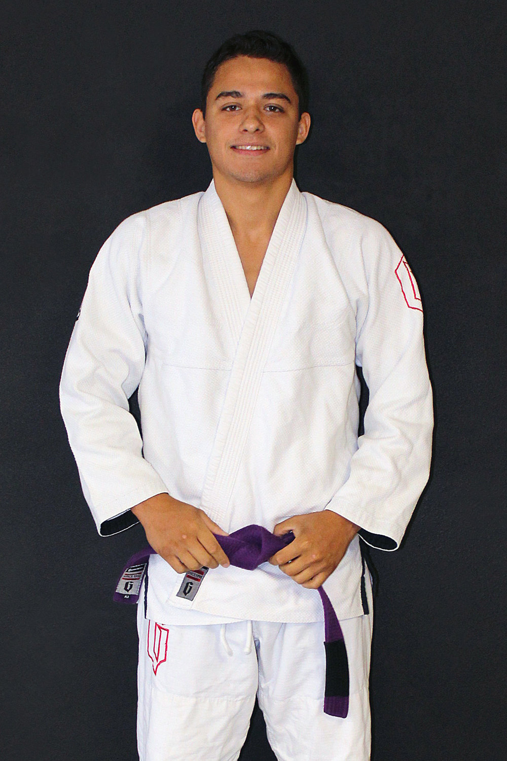 Frank Ortiz - InstructorFrank is a Gracie Jiu-Jitsu Purple Belt under Black Belt Mike Braswell.