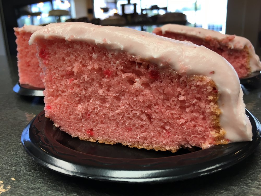 STRAWBERRY CAKE WITH STRAWBERRY CREAM CHEESE ICING.jpg