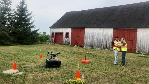 Drone Orbital se spécialise dans l'utilisation de drones pour la recherche de personnes disparues. Photo : Radio-Canada/Marie-Pier Bouchard