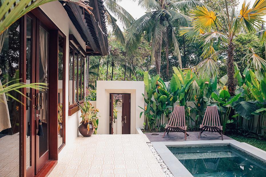 pool villa plunge III.jpg