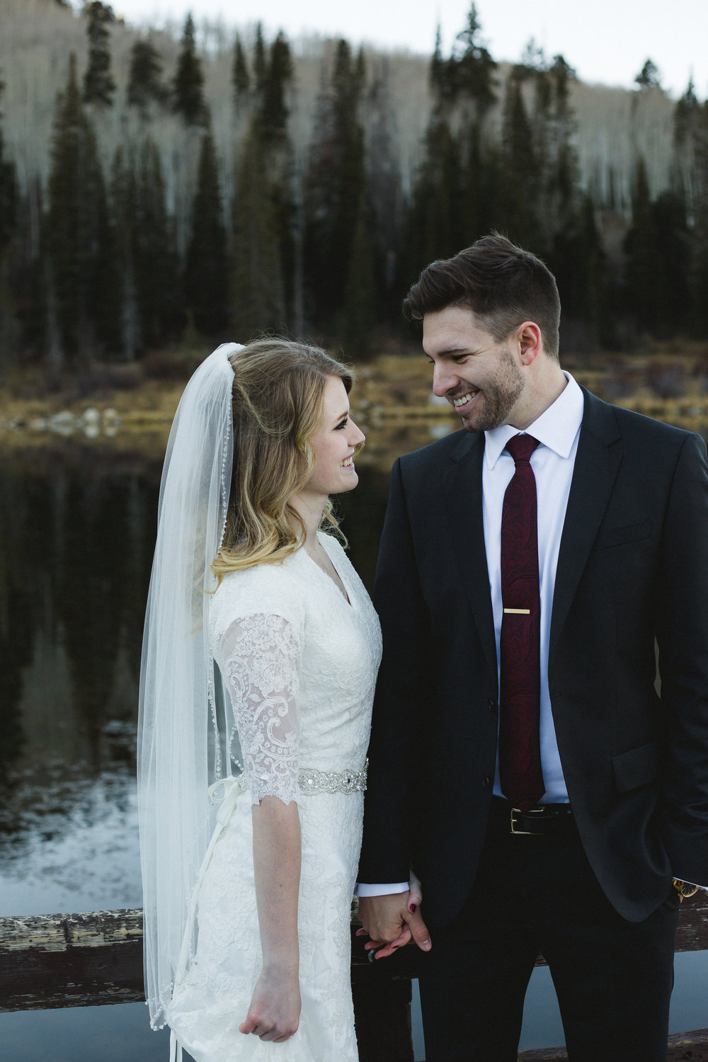 Courtney Volksen Photography | Winter Mountain Bridals & first look at Silver Lake in Utah