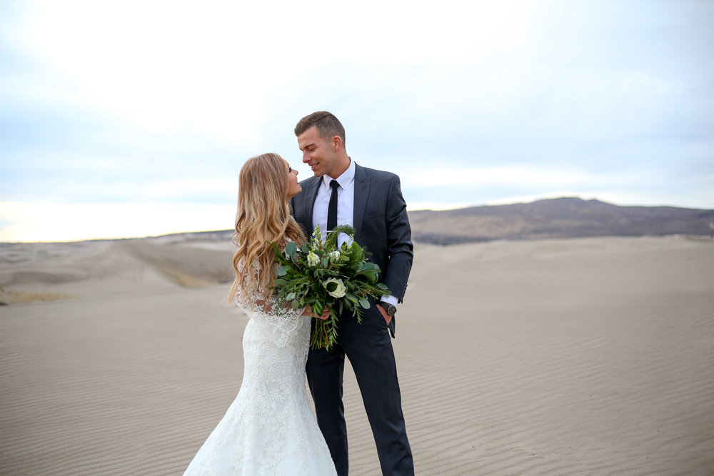 Courtney Volksen Photography | Idaho winter sand dune boho bridals