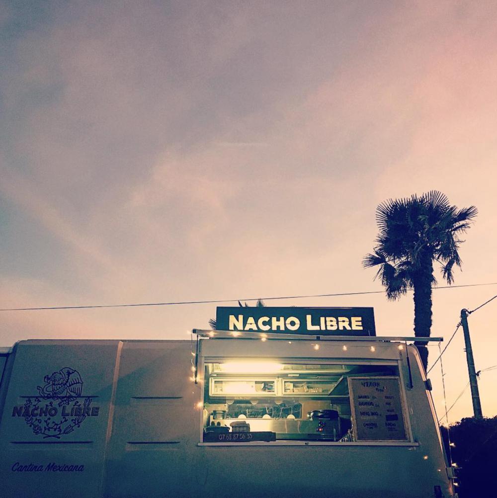 NACHO LIBRE FOOD TRUCK .png