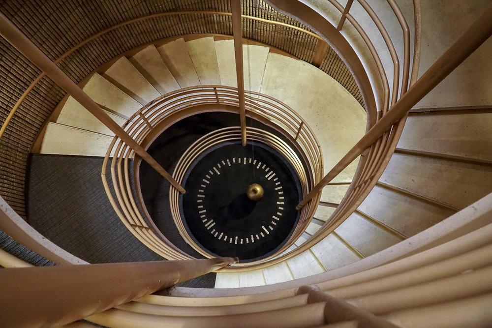 foucault-pendulum-down.jpg