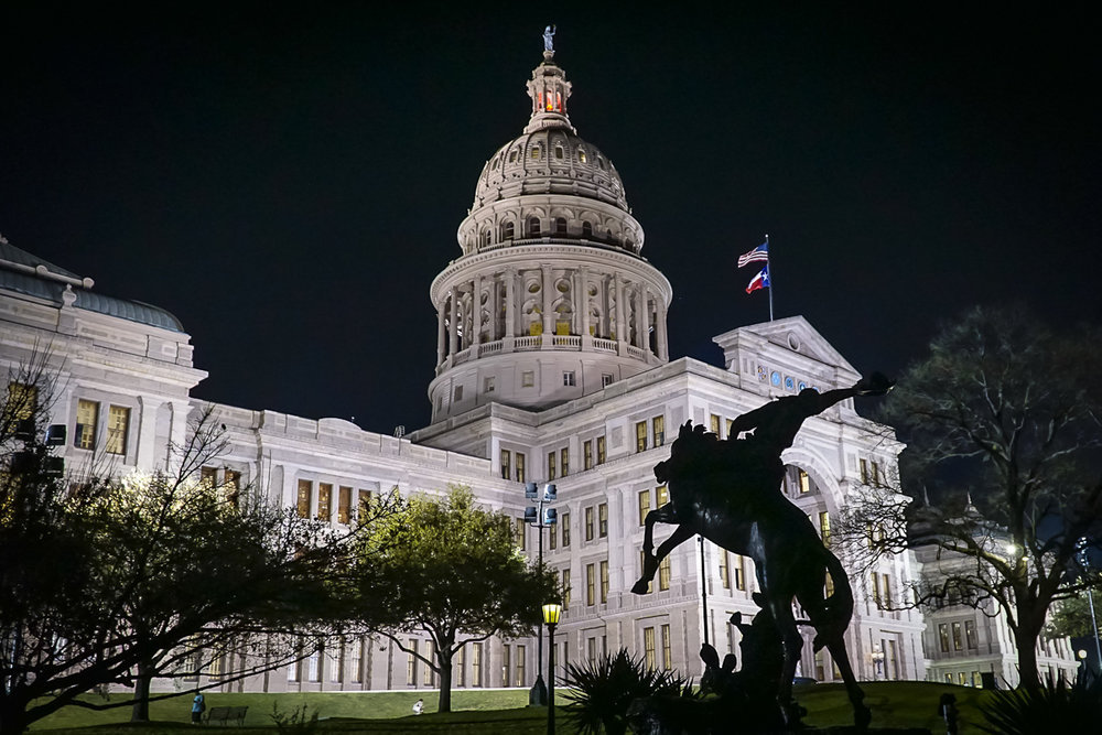 texas-capitol-night-01.jpg