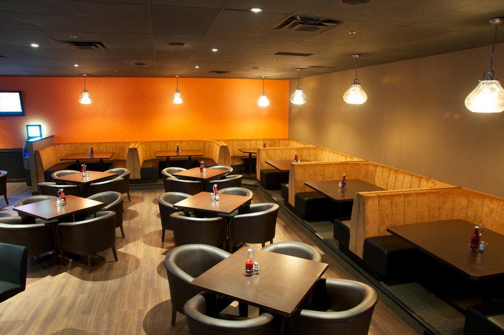 Ed's Lounge - 3 interior 2.jpg