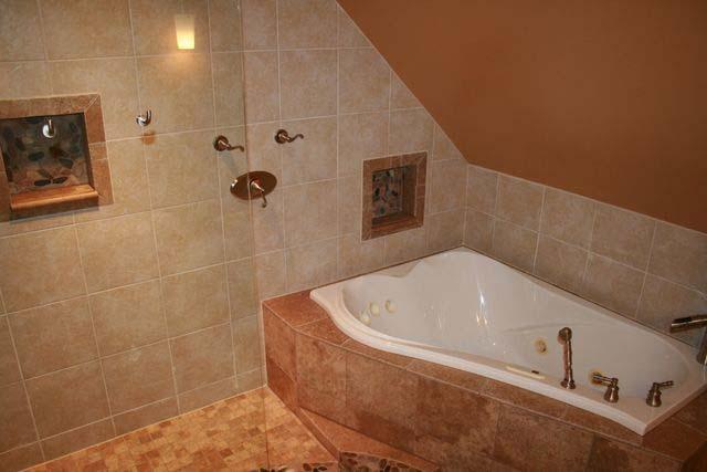 CCU-upper-bath (2).jpg