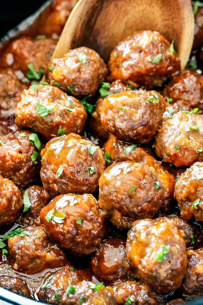 Slow-Cooker-Honey-Buffalo-Meatballs-05.jpg