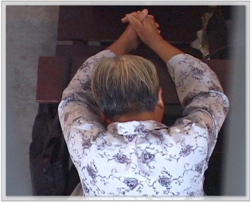 293551.prayer.jpg