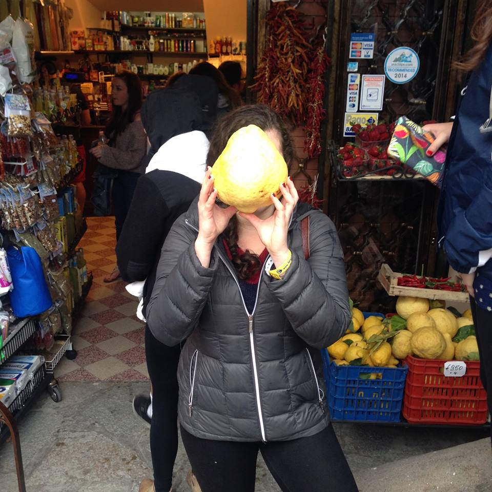 I wasn't kidding about the face-sized lemons!  No wonder they have limoncello in every corner