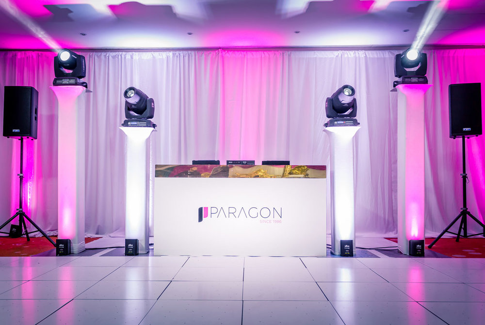 ESSENTIALS - Simple, effective and elegant setup perfect for all types of events!