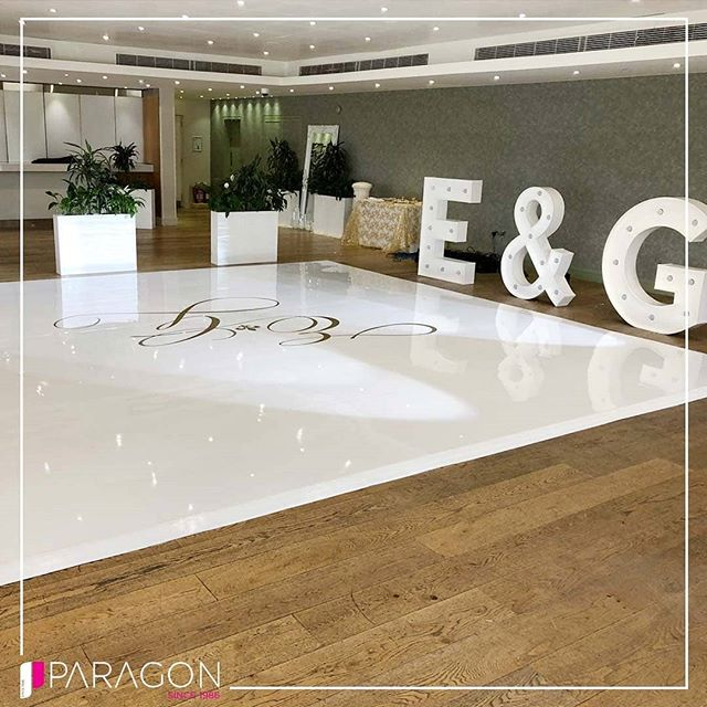 A Beautiful Sleek White Dance Floor with a Gold Custom Viynl Print! Customise Your Dance Floor With Paragon & Dance The Night Away In Style!  T. 02086069636 E. info@paragonroadshow.com www.paragonroadshow.com  Tried || Trusted || Inspired - - - - #dancefloor #firstdance #dancefloors #leddsncefloor #dance #weddingreception #asiana #asianweddings #Indianweddings #whitedancefloor #viynl #partywithparagon #love #music #indiandj #dj #party #instadaily #picoftheday #weddings #engagement #bridegroom
