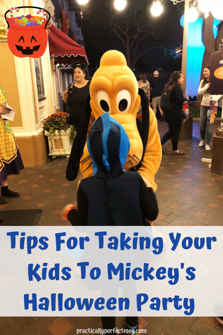 Tips for Taking Kids To MIckey's Halloween Party.  #MickeysHalloweenPartyDisneyland #DisneylandHalloween #MickeysHalloweenParty #Disneyland #DisneyCaliforniaAdventure #MickeysHalloweenParty2019