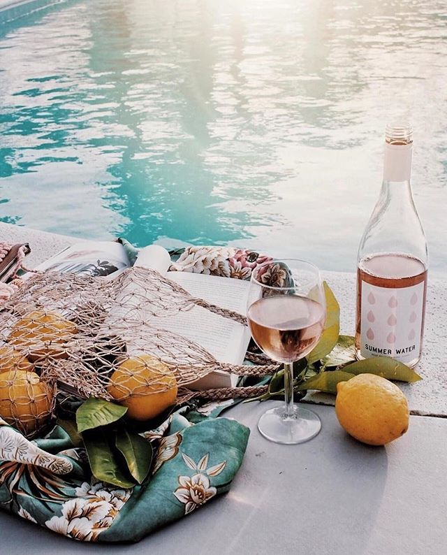 Wishing we were here sippin' on @summerwater 😛#rg: @winc