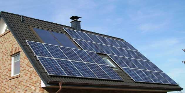 solar-panel-array-1591358.jpg