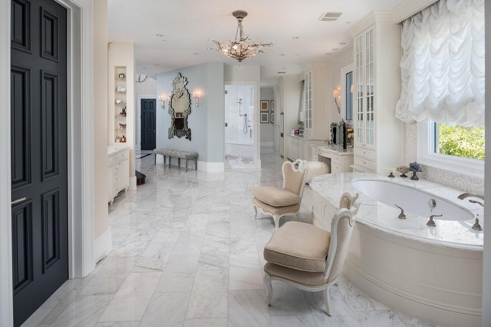 36- Master Bath.jpg