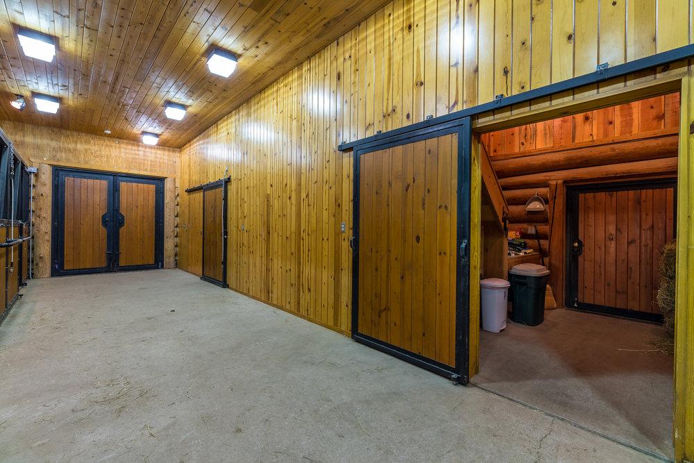48- Barn Interior.jpg