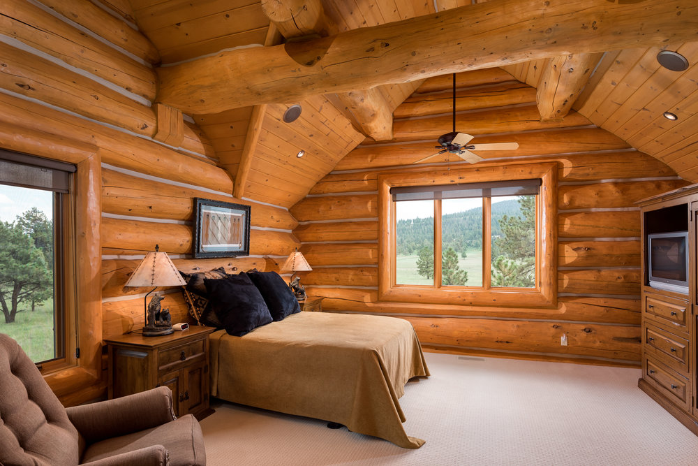 20- Bed 2 Suite.jpg