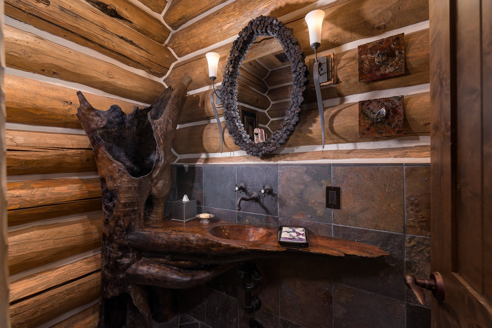 13- Guest Bath.jpg