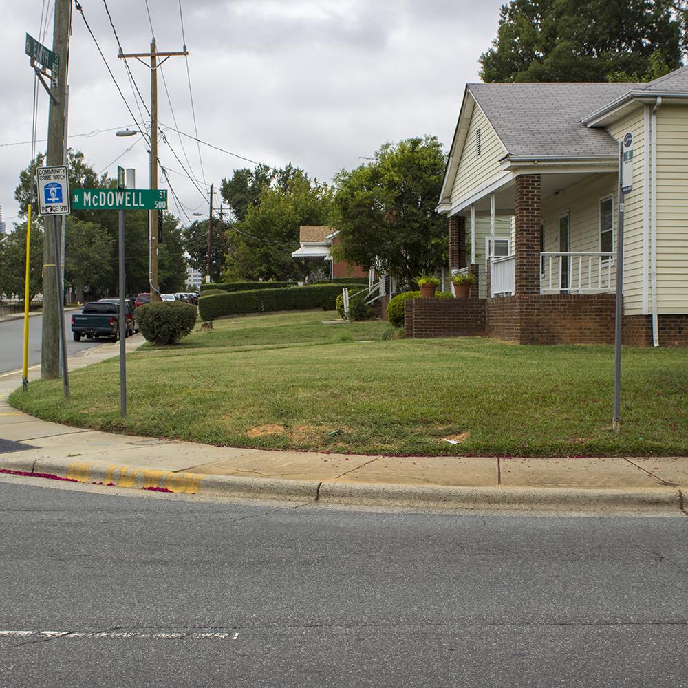 N McDowell Street, Local Route 4