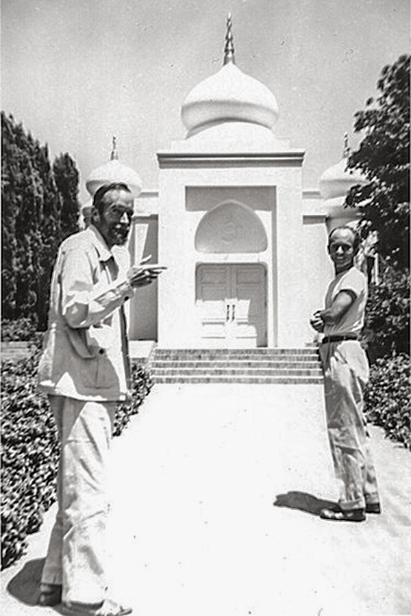 Gerald Heard and Jay Michael Barrie at the Vedanta Society of Southern California, 1947. - Used by kind permission of the The Vedanta Society of Southern California.