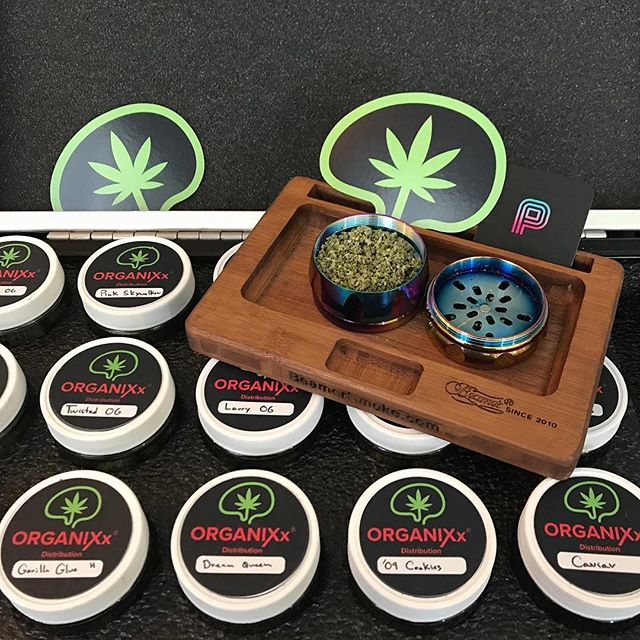 Like options? So do we 😍❤️🍁 We pride ourselves on our rotating menu of 15+ top shelf strains from some of the best farms California. Looking for flavors?  Tag your collective below  @organixxdistribution @puffpuffpassit . . . . . #organixx #santaana #kush #stonerchick #420 #cannabis #420girls #weedgram #thc #f4f #bud #dank #mmj #weshouldsmoke #topshelflife #wfayo #prop215 #staylifted #distributor #iwillmarrymary #stonerday #marihuana #pot #tokerlifestyle #bongbeauties #swm #ie #inlandempire #deliveryservice #vendor