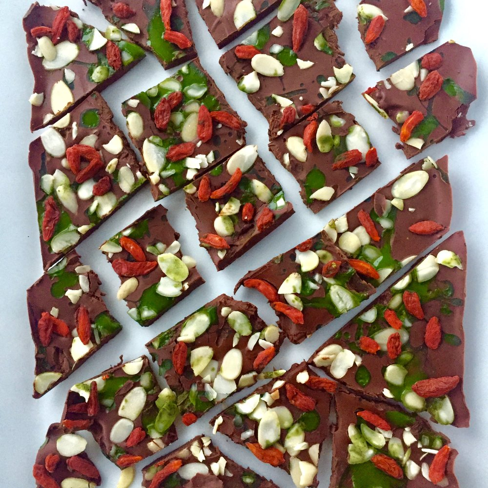 Chocolate-christmas-bark.jpg