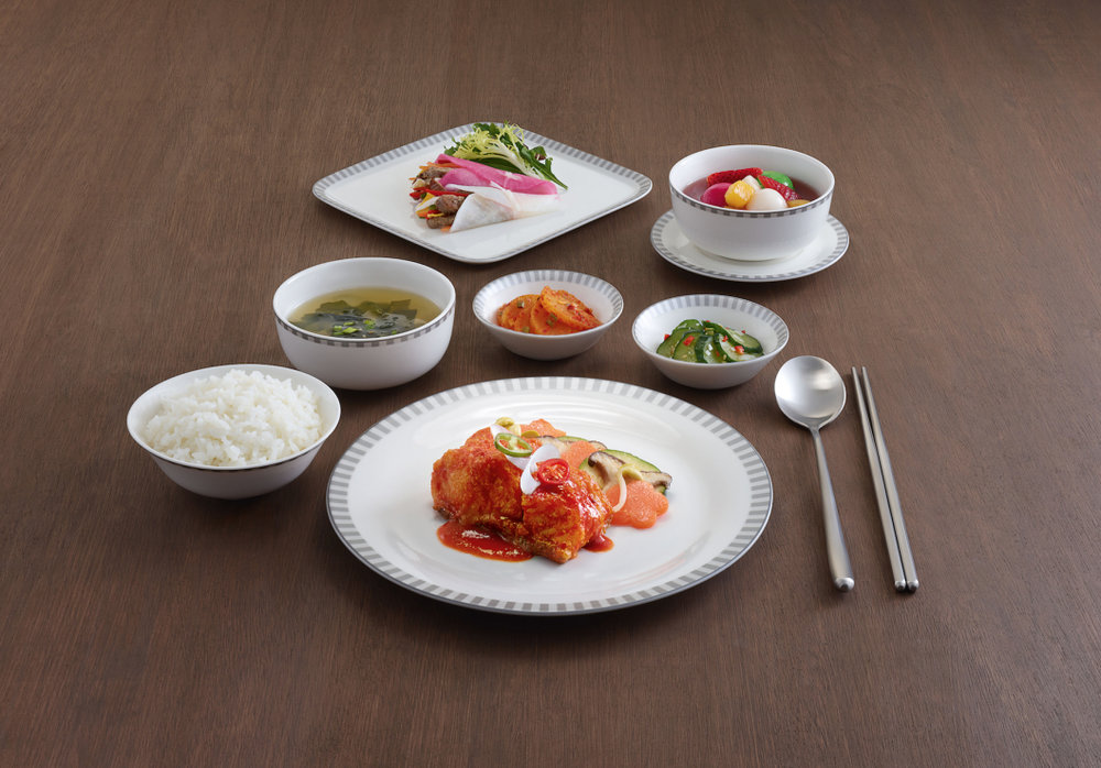 Your Business class in-flight meal served on Narumi-designed chinaware.