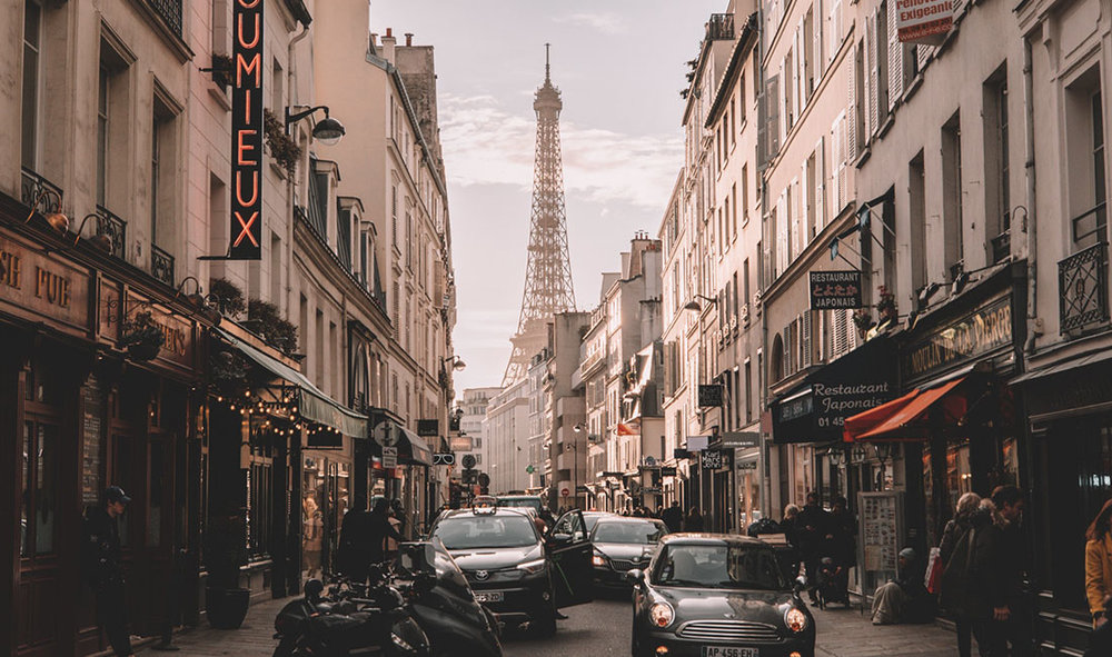 PARIS - FROM 210,000 POINTS+ CONCIERGE FEEYOU CAN SAVE: 65% WITH POINTS + IFLYFLAT