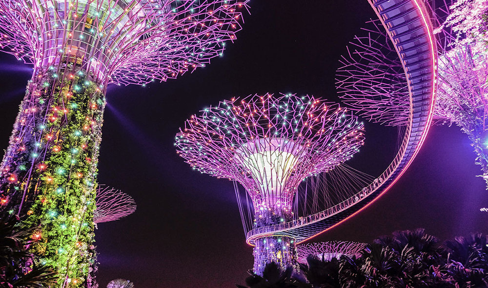 SINGAPORE - FROM 116,000 POINTS+ CONCIERGE FEEYOU CAN SAVE: 64% WITH POINTS + IFLYFLAT