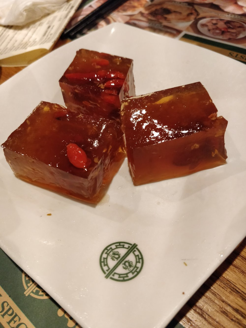 Sweet osmanthus jelly with goji berry
