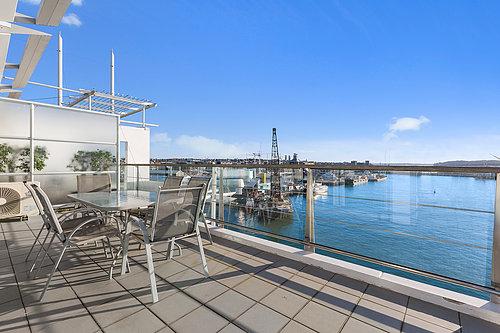 Viaduct-City-Apartments-For-Sale-Auckland-Hamish-Duke-67_145_Quay_St_5.jpg